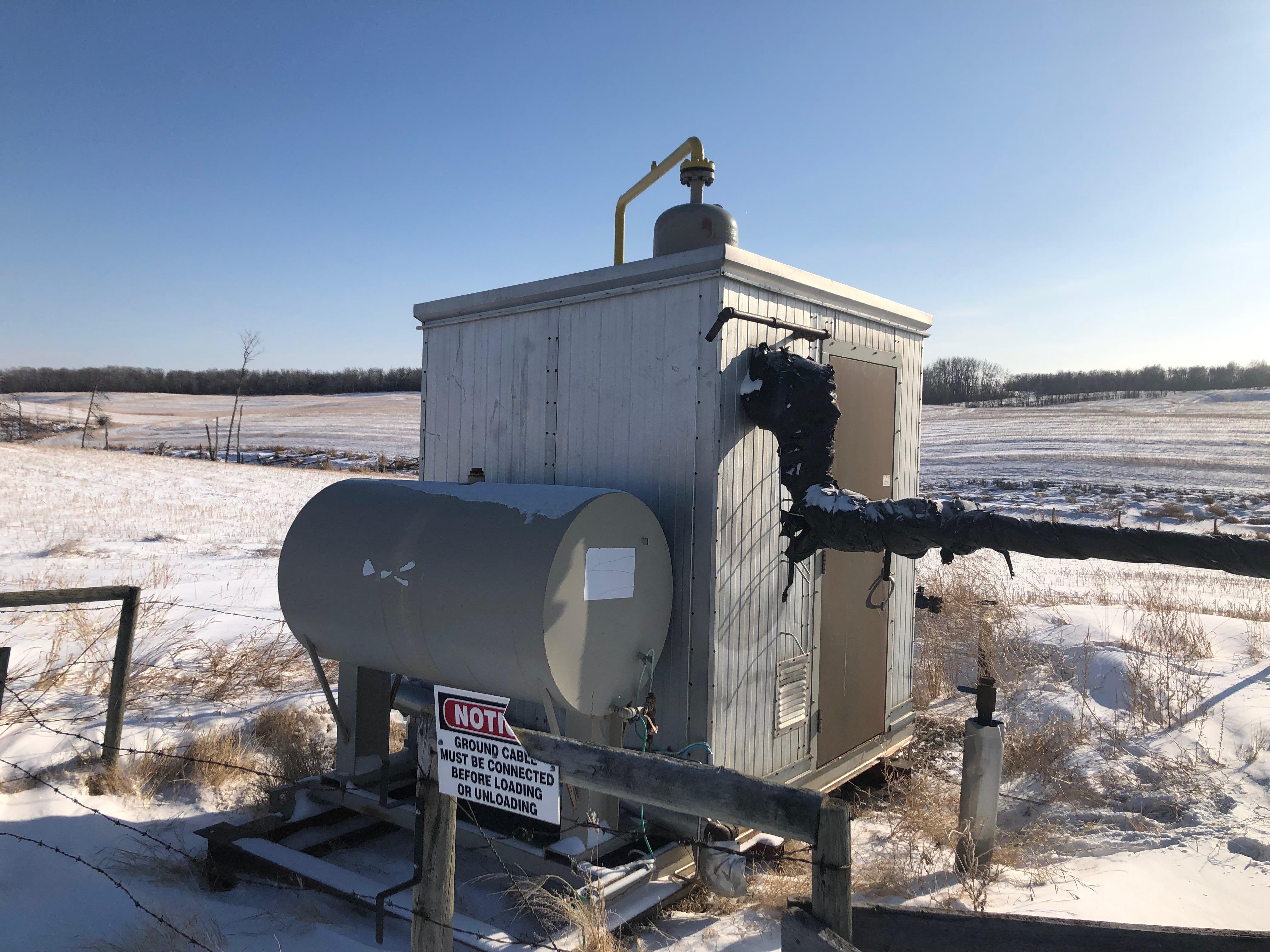 separator 1440psi and methanol tank