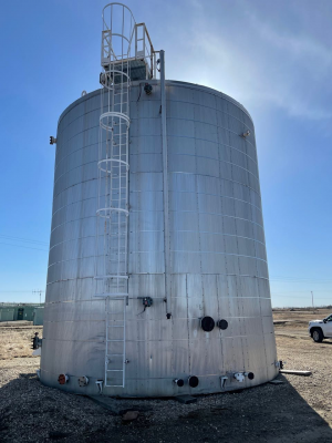 1500bbl tank, insualted and coated